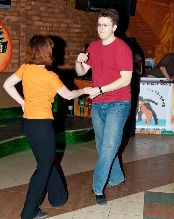 знакомства и танцы
